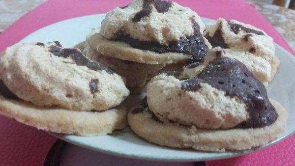 עוגיות עם כיפת מרנג _מתכון של גילה כהן אבני – מאסטר מתכונים