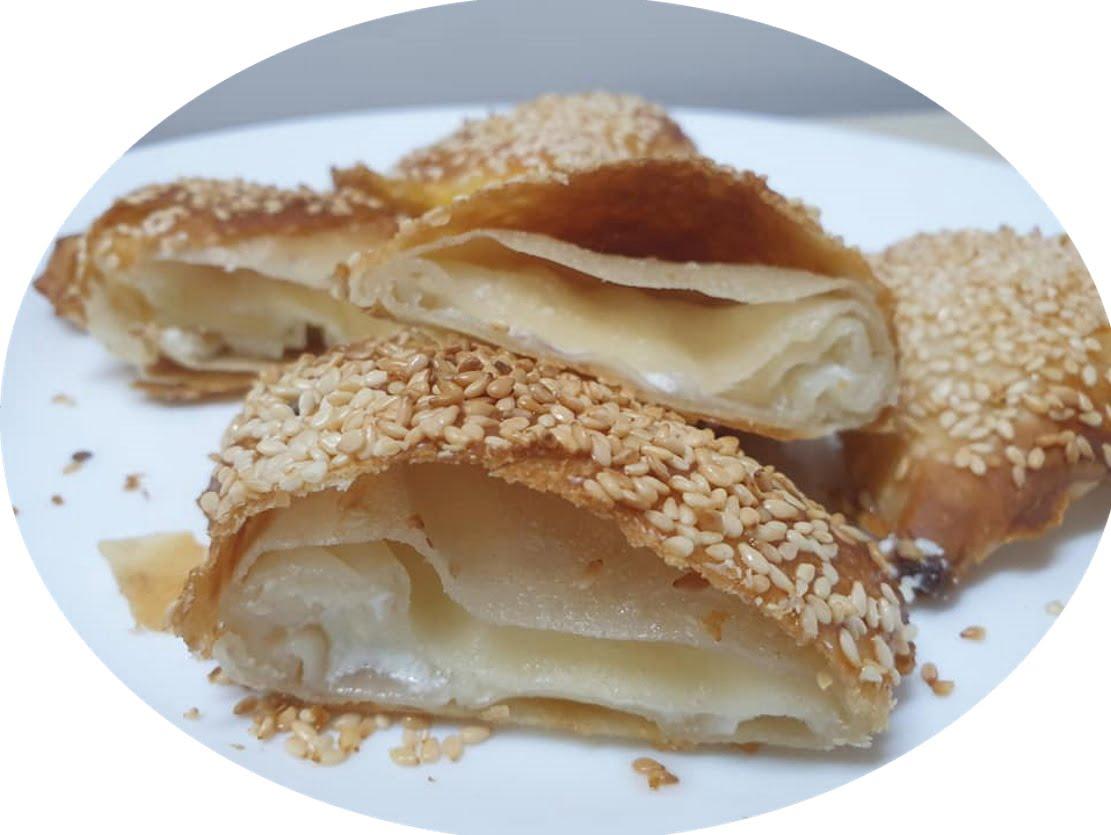 בורקס משולשים ..עשויים מקמח מלח מים וערק 🙂_מתכון של ירדנה ג'נאח – מאסטר מתכונים