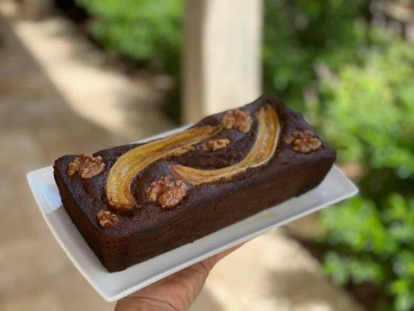 עוגת בננות, צימוקים ואגוזי מלך ללא גלוטן בחושה ופשוטה להכנה_מתכון של גלי אלון בובר – מאסטר מתכונים