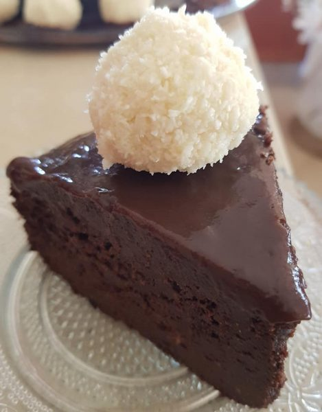עוגת מיסיסיפי לאוהבי השוקולד והקוקוס ..הכנה קלה ללא מיקסר_מתכון של נורית יונה – מאסטר מתכונים