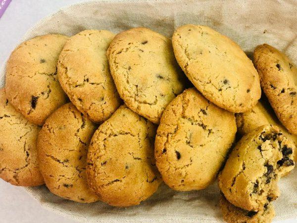 עוגיות שוקולד צ'יפס במילוי ממרח שוקולד_מתכון של אבי אלמדוי – מאסטר מתכונים