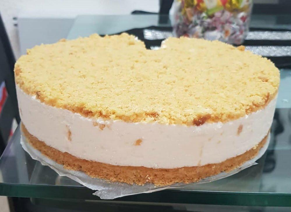 עוגת גבינה עם פרורים קל ופשוט_מתכון של אבי אלמדוי – מאסטר מתכונים