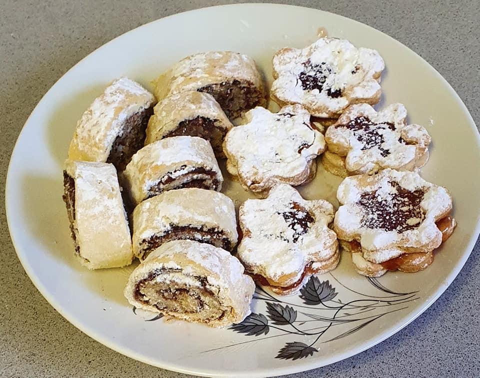 מיקס מגולגלות / עוגיות ריבה מבצק רך ופריך_מתכון של יפה וקס-ברקו – מאסטר מתכונים