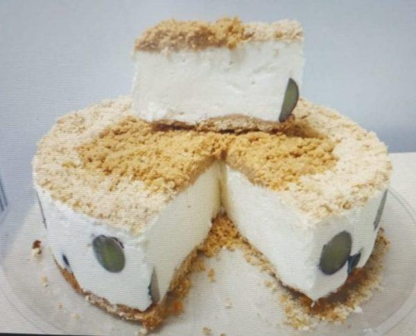 מתכון כתוב + סרטון להכנת עוגת גבינה קרה פירורים_מתכון של ירדנה ג'נאח – מאסטר מתכונים
